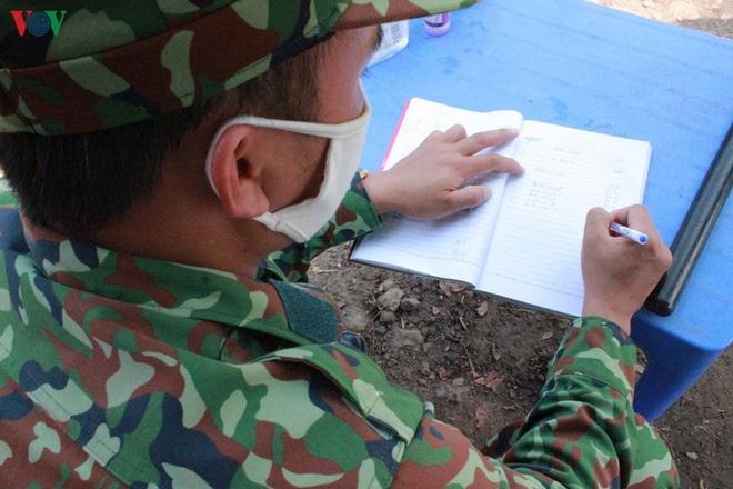 Lũy thép biên phòng chống dịch tuyến biên giới Tây Nam - Ảnh 13.