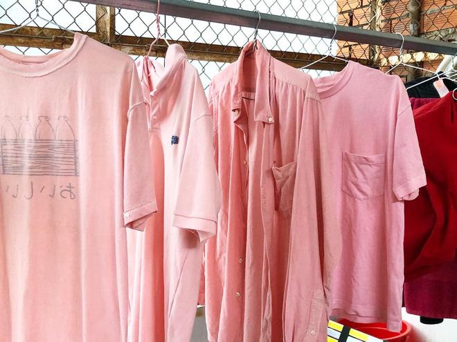 Thanh niên mở máy giặt hoảng hốt thấy toàn đồ lạ, sự thật khiến dân mạng không thể nhịn cười - Ảnh 1. Thanh niên mở máy giặt hoảng hốt thấy toàn đồ lạ, sự thật khiến dân mạng không thể nhịn cười