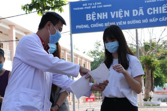 Sẵn sàng 'chung sống an toàn' với dịch COVID-19 nhưng tuyệt đối không chủ quan; Việt Nam có 207 ca khỏi, tròn 4 ngày không ghi nhận ca mắc mới - Ảnh 1.