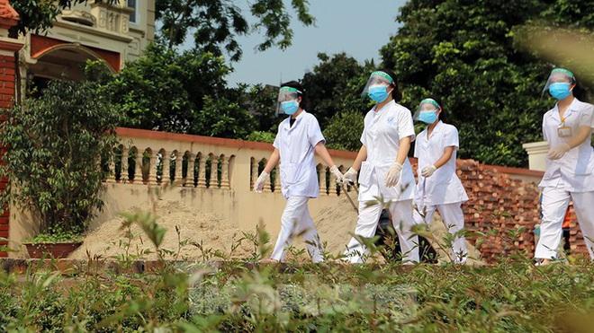 Sắp tới, Hà Nội sẽ kiến nghị nới lỏng giãn cách xã hội; Sẵn sàng 'chung sống an toàn' với dịch COVID-19 nhưng tuyệt đối không chủ quan - Ảnh 5.