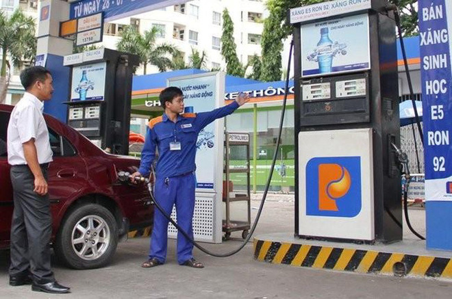 Chuyên gia Ngô Trí Long: Giá dầu lao dốc trong bối cảnh hiện tại không phải là cơ hội - Ảnh 1.