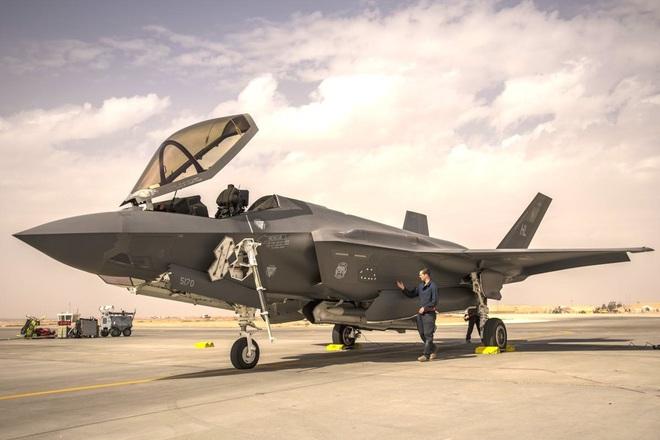 Mỹ tung F-35 vây chặt căn cứ quân sự ở Syria từng bị Nga tấn công: Quyết chơi sát ván! - Ảnh 1.