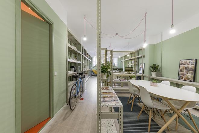 Không gian nổi bật nhất của cả văn phòng là... nhà vệ sinh - Ảnh 4.
