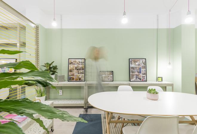 Không gian nổi bật nhất của cả văn phòng là... nhà vệ sinh - Ảnh 10.