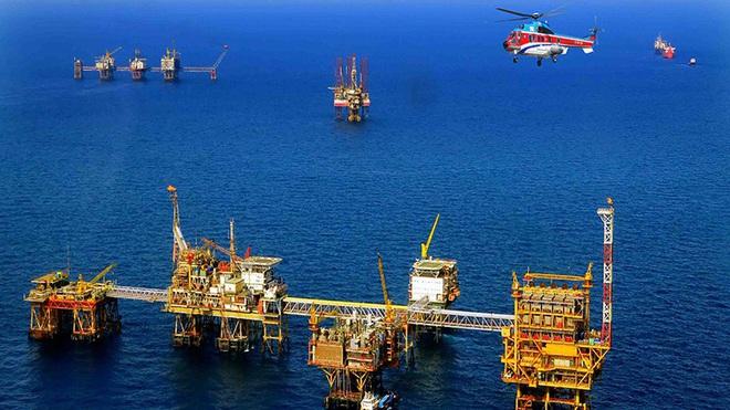 Bộ Công Thương kêu gọi ưu tiên tiêu thụ xăng, dầu sản xuất trong nước - Ảnh 1.