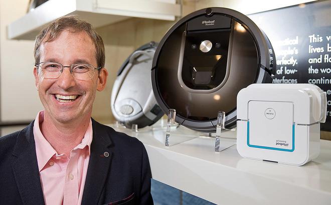 Lật tẩy bí mật thành công sau 14 lần thất bại trong kinh doanh của ông chủ hãng robot hút bụi Roomba