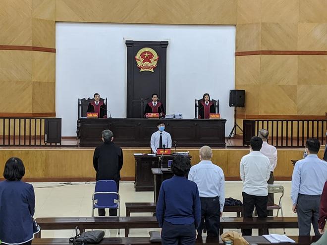 Cựu Bộ trưởng Nguyễn Bắc Son được chỉ định luật sư do luật sư bào chữa vắng mặt - Ảnh 1.