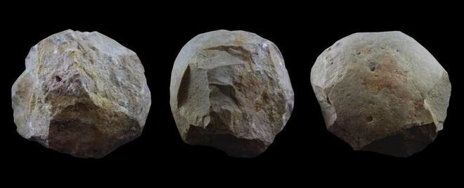 Tìm ra công dụng của cầu đá bí ẩn do con người tạo ra cách đây 2 triệu năm  - Ảnh 1.