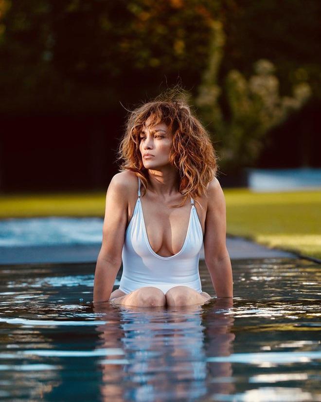 Dàn thiên thần nội y và mỹ nhân khoe ảnh bikini nhân Ngày Trái đất - Ảnh 11.