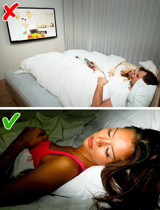 9 bí quyết giúp bạn giảm cân ngay trong khi ngủ: Áp dụng càng sớm, vóc dáng càng thon gọn - Ảnh 4.