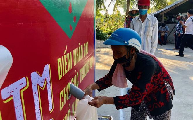 """Những """"ATM gạo"""" nghĩa tình giúp dân nghèo ở ĐBSCL vượt qua khốn khó"""