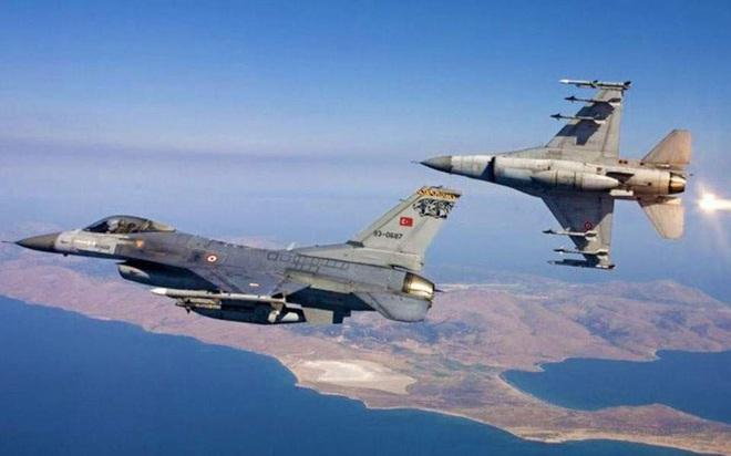 Tung F16 tập kích Libya, Thổ lâm vào thế bí: Diệt Pantsir-S1, cần cắp tráp học Israel? - Ảnh 1.