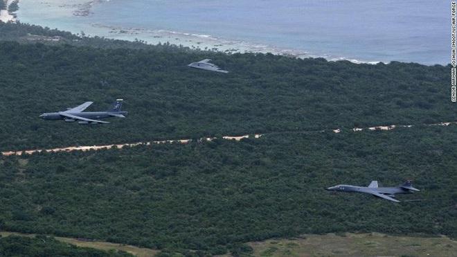 Giải mật hành động bất thường của máy bay ném bom Mỹ ở đảo Guam - Ảnh 1.