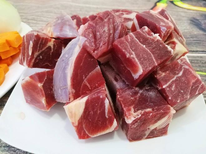 10 lợi ích của thịt bò so với các loại thịt khác: Kiến tạo cơ bắp và tăng cường sức mạnh - Ảnh 2.