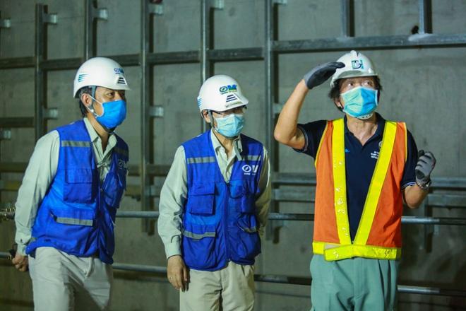 Chủ tịch UBND TP.HCM thị sát ga ngầm Metro gửi lời cảm ơn tới các kĩ sư Nhật Bản - Ảnh 8.