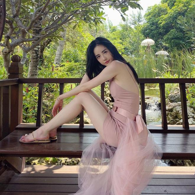Nữ người mẫu bị bạo hành gây xôn xao: Quá gợi cảm, chi 800.000 USD để giống Angelababy - Ảnh 11.