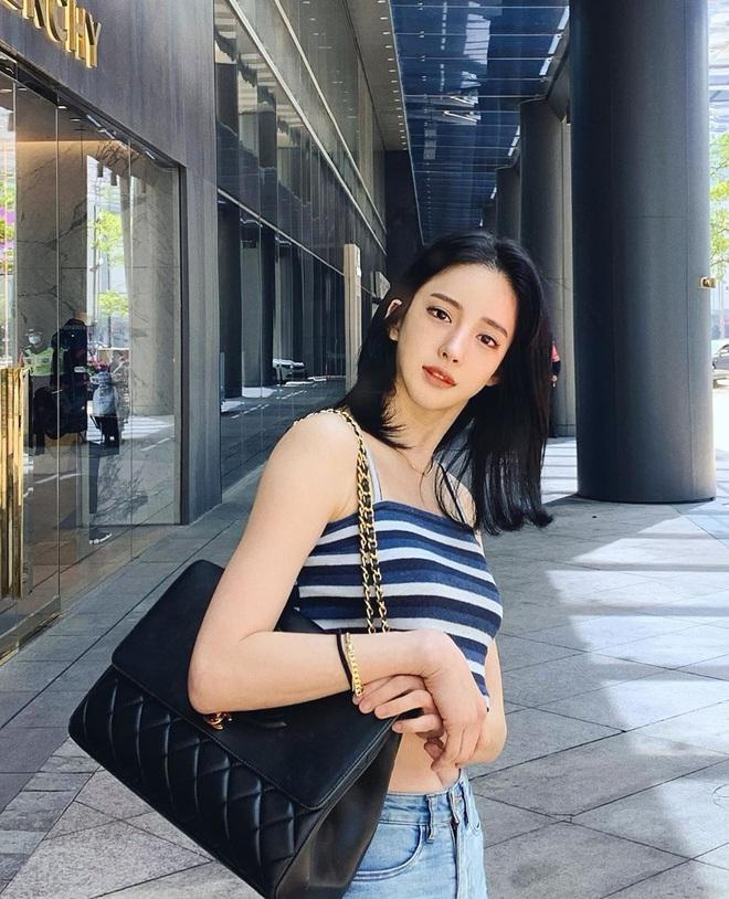 Nữ người mẫu bị bạo hành gây xôn xao: Quá gợi cảm, chi 800.000 USD để giống Angelababy - Ảnh 2.