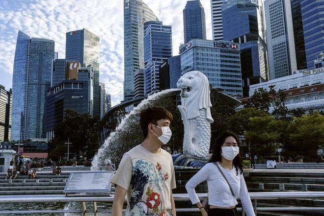 Là ổ dịch lớn nhất Đông Nam Á, vì sao Singapore có tỷ lệ tử vong thấp? - Ảnh 1.