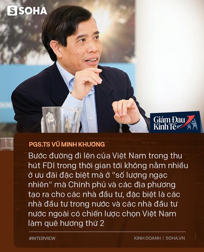 PGS.TS Vũ Minh Khương: Việt Nam không thể và không nên định vị là quốc gia thay thế Trung Quốc trong chuỗi cung ứng toàn cầu - Ảnh 4.