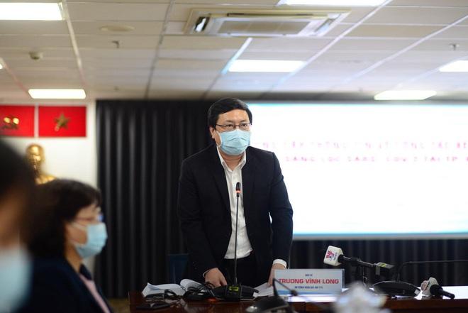 Bệnh viện tư đầu tiên được xét nghiệm sàng lọc SARS-CoV-2 - Ảnh 1.