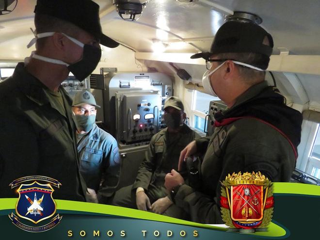 Tên lửa S-300V Venezuela vươn bàn tay tử thần: Chiến đấu cơ lạ đừng dại dột lại gần - Ảnh 6.