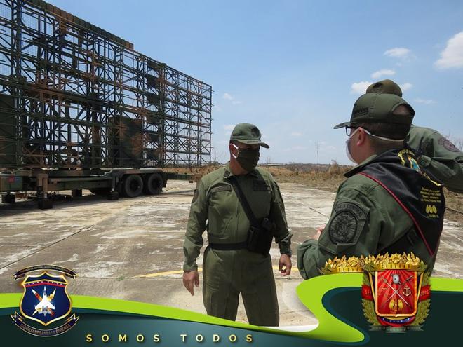 Tên lửa S-300V Venezuela vươn bàn tay tử thần: Chiến đấu cơ lạ đừng dại dột lại gần - Ảnh 8.