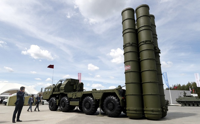 """""""Giả chết bắt quạ"""": Hoãn kích hoạt S-400, Thổ Nhĩ Kỳ """"sợ Chiến tranh Lạnh"""" chứ không phải sợ Nga?"""