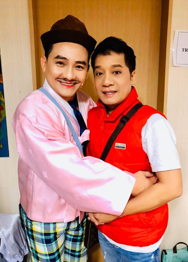 Nghệ sĩ Minh Nhí: Những ngày cuối đời, Anh Vũ hay chạy qua sân khấu tôi tâm sự và khóc - Ảnh 3.