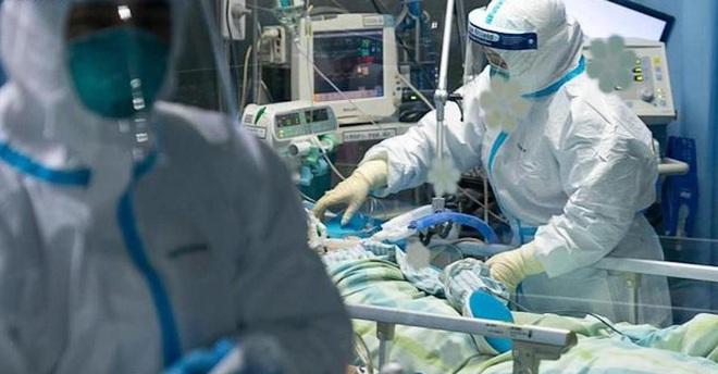 Giữa đại dịch Covid-19: Vì sao máy thở được coi là lá phổi sắt, hai loại máy thở khác nhau thế nào? - Ảnh 2.