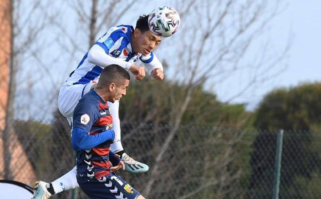 """Giải Hà Lan có """"biến"""" mới, Văn Hậu đứng trước nguy cơ hết cơ hội ra sân cho Heerenveen"""