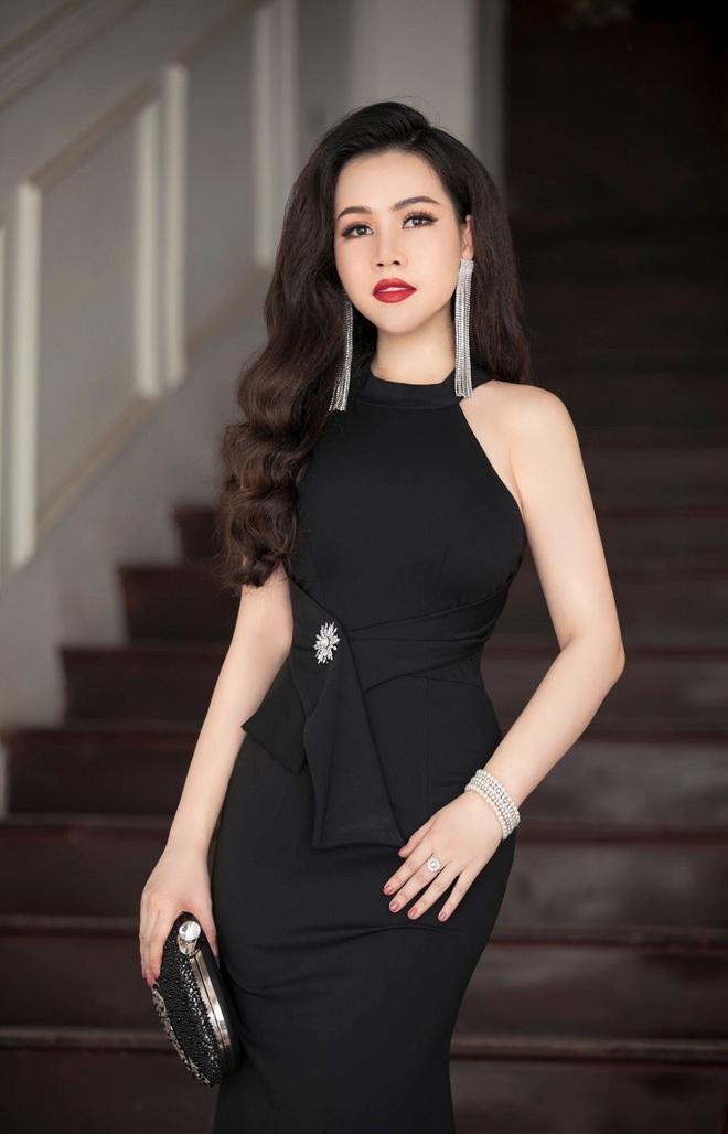 Diễn viên Trương Phương: Mọi người bảo tôi đừng chấp, cô ta tính khó ưa như vậy quen rồi - Ảnh 2.