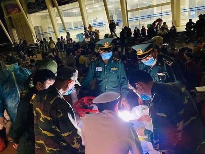 Cập nhật dịch Covid-19 ngày 5/4: Việt Nam ghi nhận 240 ca nhiễm, 4 bệnh nhân nặng tiến triển tốt - Ảnh 1.