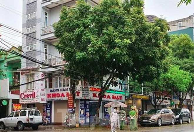 Cập nhật dịch Covid-19 ngày 5/4: Việt Nam tạm dừng ở 240 ca nhiễm; Hơn 20 người F1 tiếp xúc gần BN 237 ở Ninh Bình đều có thể trạng bình thường - Ảnh 2.