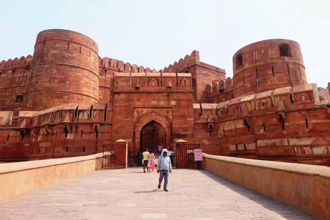 Bí ẩn ngôi đền Taj Mahal - Ảnh 1.