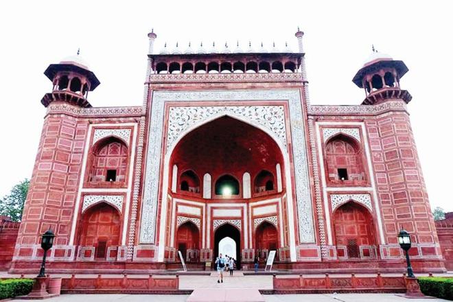 Bí ẩn ngôi đền Taj Mahal - Ảnh 2.