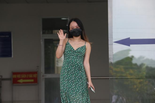 Bệnh nhân 154 xuất viện sau 3 lần xét nghiệm âm tính SAR-CoV-2 - Ảnh 1.
