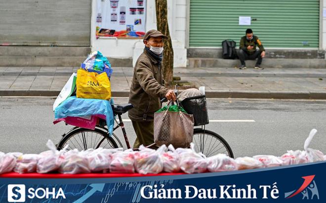 Ấm lòng mùa dịch: Doanh nghiệp chung tay phát hàng trăm suất ăn mỗi ngày cho người nghèo Hà Nội