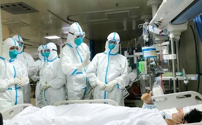 Người đàn ông ở Mê Linh từng đến BV Bạch Mai: Ủ bệnh 23 ngày hay chỉ là người khỏe mang trùng bệnh?