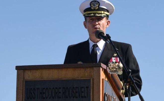 Hạm trưởng tàu sân bay Mỹ Theodore Roosevelt bị sa thải và mắc Covid-19