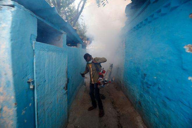 Thế giới có hơn 1.2 triệu người nhiễm COVID-19; Ấn Độ đưa ra quyết định chưa từng có trong 167 năm qua - Ảnh 1.