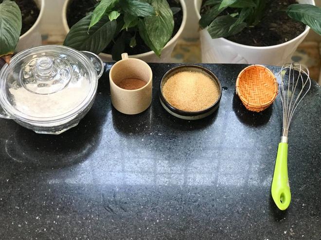 Những pha thất bại cay đắng của hội chị em khi ở nhà nấu ăn mùa dịch: Bánh bông lan Bao Công làm bằng nồi cơm điện, chè sữa trân châu nát bét - Ảnh 18.