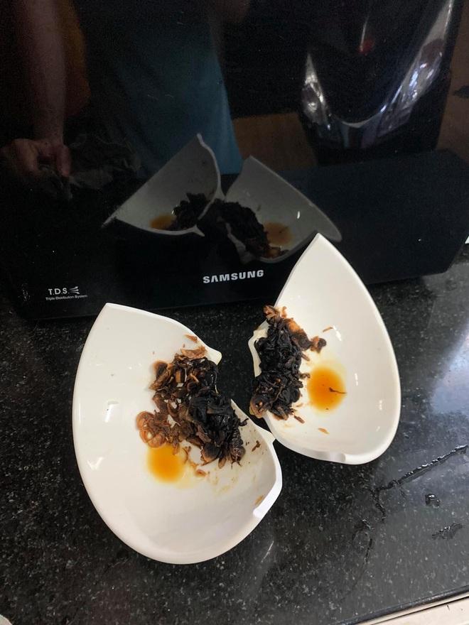 Những pha thất bại cay đắng của hội chị em khi ở nhà nấu ăn mùa dịch: Bánh bông lan Bao Công làm bằng nồi cơm điện, chè sữa trân châu nát bét - Ảnh 3.