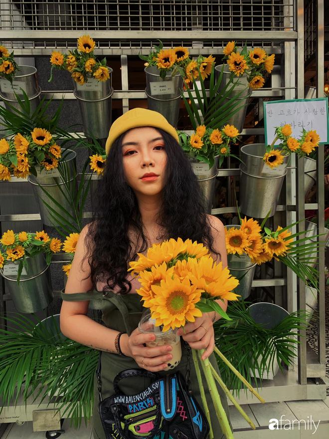 Đặng Tiểu Tô Sa - cháu gái xinh đẹp của thầy Văn Như Cương comeback ngoạn mục với hình ảnh fashionista nóng bỏng đầy quyến rũ tuổi 22 - Ảnh 7.