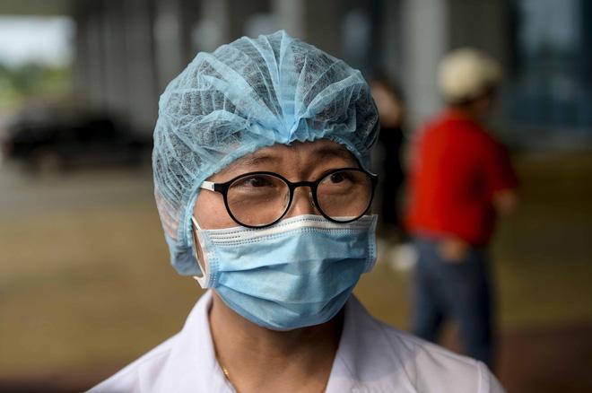 Chia sẻ của nữ nhân viên Công ty Trường Sinh mắc COVID-19 được chữa khỏi bệnh, ra viện - Ảnh 4.