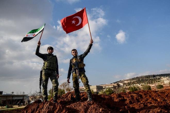 Chảo lửa Syria: Thổ sa chân vào vực thẳm đen tối, thân bại danh liệt trước Nga-Iran? - Ảnh 1.