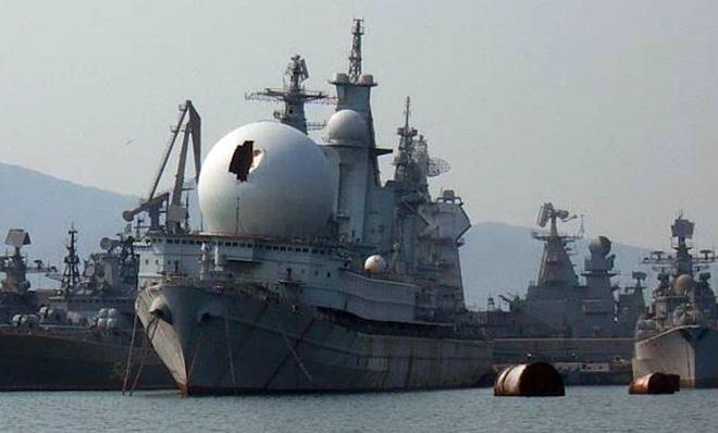 Con tàu nhọ nhất của HQ Nga: Nằm không trúng đạn, thủy thủ thà nhảy xuống nước còn hơn làm việc trên tàu - Ảnh 3.