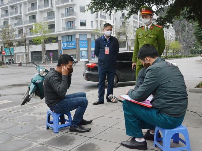 Việt Nam có 122 người được điều trị khỏi COVID-19; Chủ tịch Hà Nội nêu một lỗ hổng liên quan BN243; Quảng Ninh bác thông tin người dân đi chợ 2 lần trong ngày sẽ bị bêu tên - Ảnh 2.
