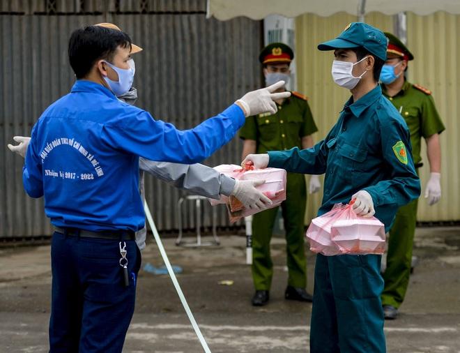 Cận cảnh thôn Hạ Lôi nơi bệnh nhân 243 mắc COVID-19 sinh sống ngày đầu cách ly - Ảnh 4.