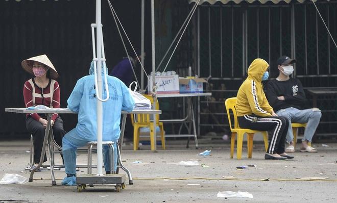 Cận cảnh thôn Hạ Lôi nơi bệnh nhân 243 mắc COVID-19 sinh sống ngày đầu cách ly - Ảnh 5.