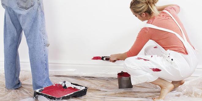 Quần áo dính sơn từ nay khỏi lo đã có 1 loại đồ uống quen thuộc đánh bay vết bẩn dễ dàng - Ảnh 1.